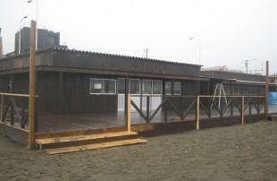 逗子海の家
